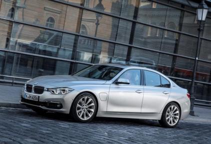 BMW 3 serie 330e Sedan Plug-in Hybrid